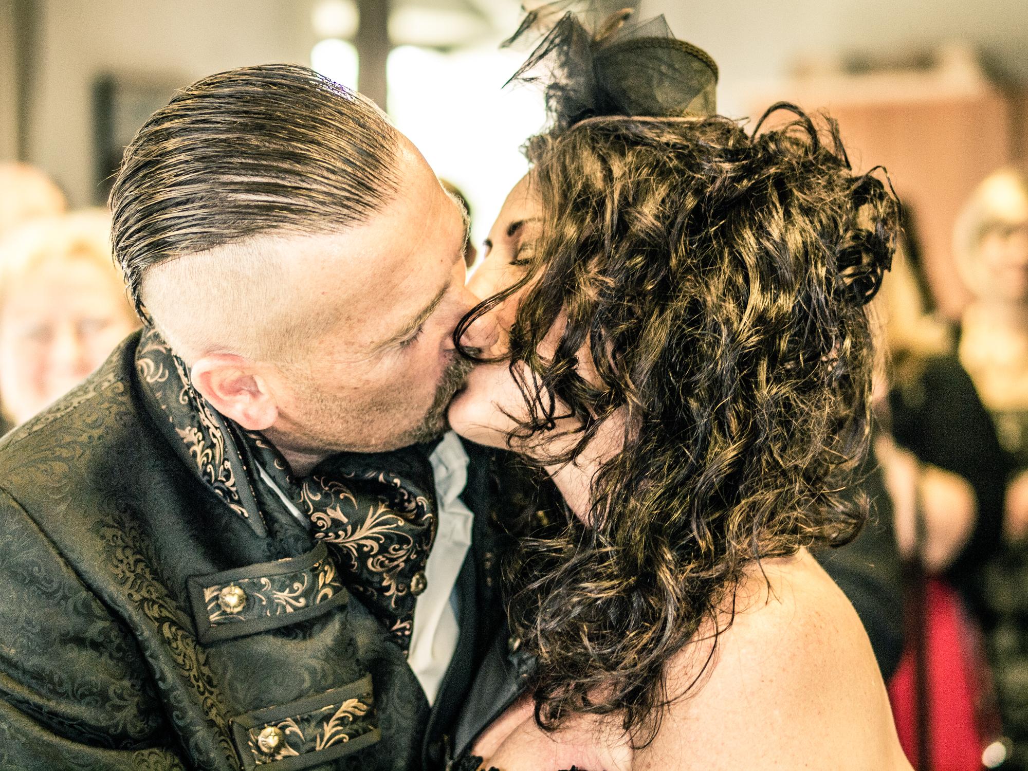 Hochzeit in schwarz